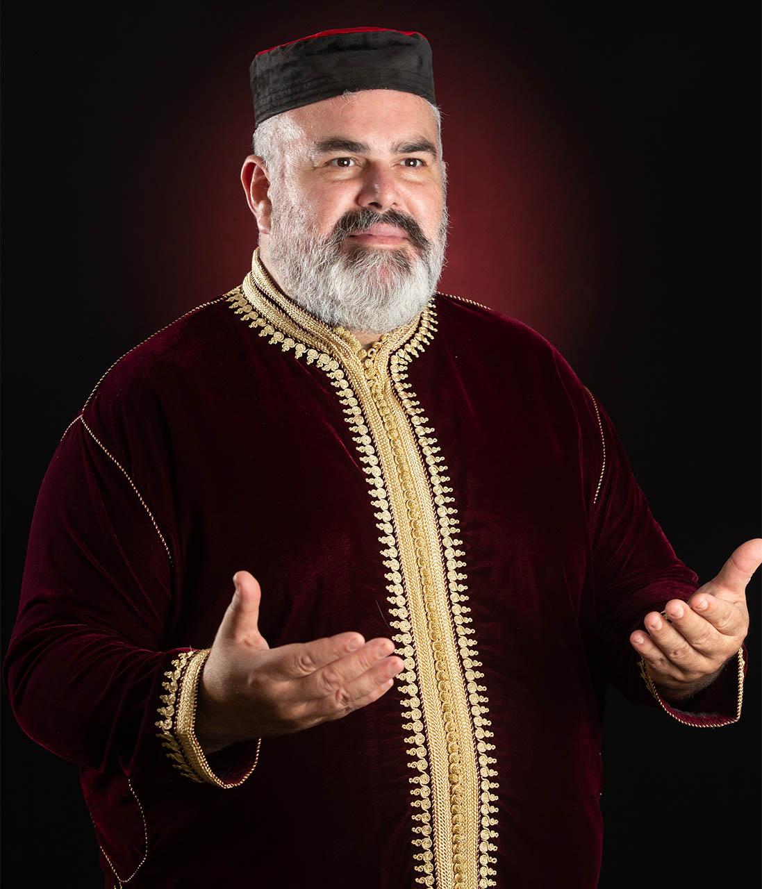 שמעון סיבוני - בלבוש מרוקאי